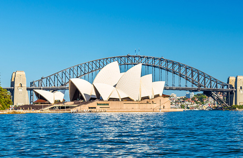 Memorable Dining Experience Onboard Sydney Lunch Cruise